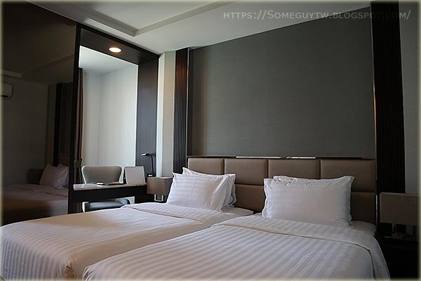 [曼谷自助] 2017年底新開幕 4星級高CP近BTS SureStay Plus Hotel 市中心住宿分享與推薦