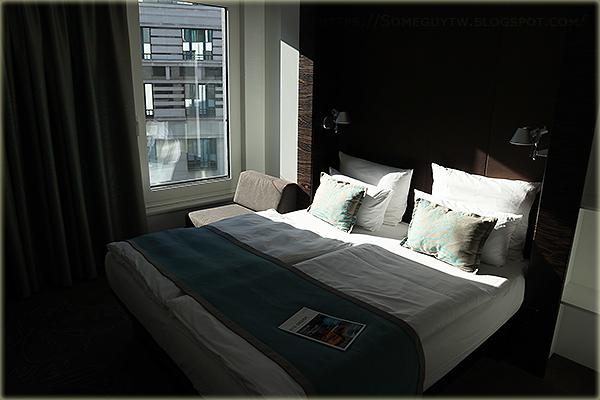 [比利時住宿] 布魯塞爾中央車站 8分鐘 平價連鎖商務飯店 Motel One Brussels 住宿經驗分享與推薦